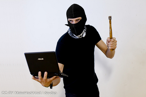 7 Tips That Will Keep Your Identity Safe From Theft